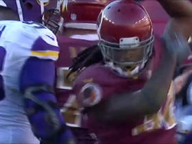 Kelley uses moves in traffic to fight through for 14 yards