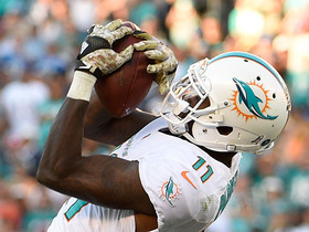 Tannehill finds Parker deep for 56 yards