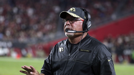 'Sound FX': Bruce Arians is on a first-name basis with referees