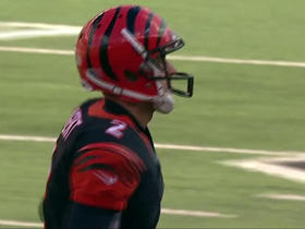 Mike Nugent misses extra point