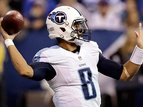 Marcus Mariota finds Tajae Sharpe for a 34-yard TD