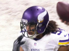 Eric Kendricks makes tackle, stops Theo Riddick short of first down