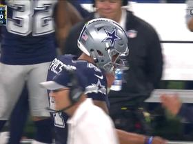 Dez Bryant walks down sideline with confidence