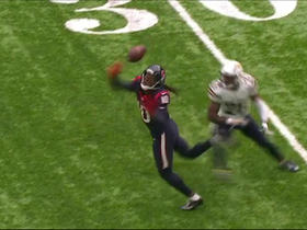 DeAndre Hopkins shows concentration on 19-yard juggling catch