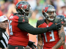Watch: Winston lobs pass to Evans for 3-yard TD