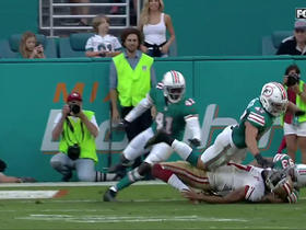 Dolphins stop Kaepernick on final play of the game
