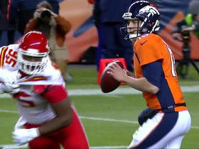 Siemian avoids pressure and hits Sanders for 20 yards