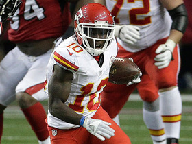 Watch: Tyreek Hill rushes for 18 yards on an end-around