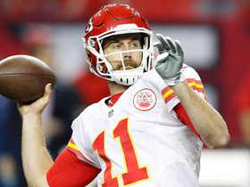 Watch: Alex Smith finds Travis Kelce down the sideline for 35 yards