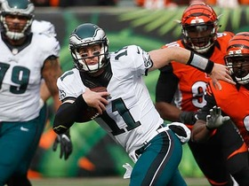 Watch: Carson Wentz scrambles for 10 yards on third down
