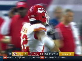 Watch: Alex Smith hits Albert Wilson for 21 yards