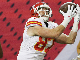 Watch: Travis Kelce powers forward for 27 yards on a catch-and-run