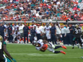 Demaryius Thomas makes diving catch for 18-yard gain
