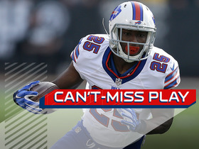 Watch: Can't-Miss Play: McCoy pulls in tough one-handed catch