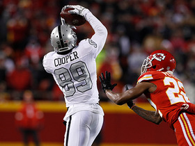 Watch: Amari Cooper toe-drags along sideline for first down