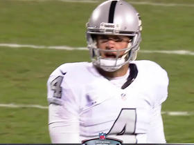 Watch: Carr throws incomplete pass to Roberts