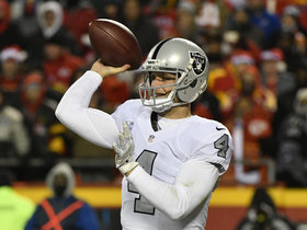 Watch: Derek Carr struggles vs. Chiefs