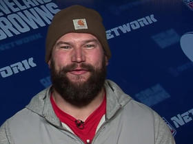 Watch: Joe Thomas critiques his teammates' pregame outfits