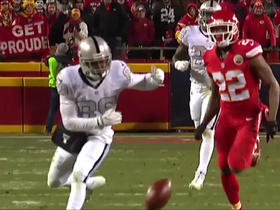 Watch: Rapoport: NFL says no evidence ball hit wire on Carr pass to Cooper
