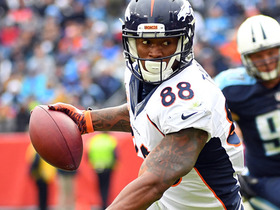 Demaryius Thomas pulls in one-handed catch