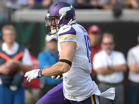 Sam Bradford finds Adam Thielen for 23-yard gain