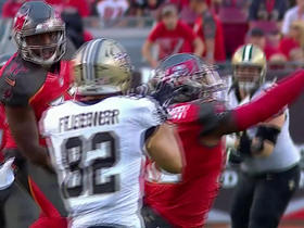 Vernon Hargreaves intercepts Drew Brees after ball was tipped