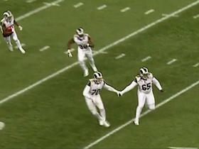 Rams return team holds hands on kickoff