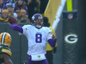 Sam Bradford hits Adam Thielen along the sideline for 32 yards