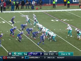 Jarvis Landry reverses field for a 15-yard catch and run