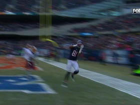 Matt Barkley hits Cameron Meredith for a 21-yard TD