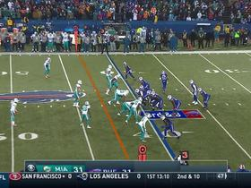 Suh breaks up pass to force 4th down