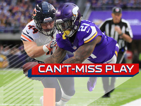 Can't-Miss Play: McKinnon tightropes sideline for 16-yard TD