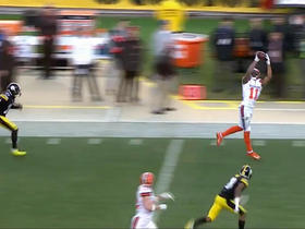 Watch: Terrelle Pryor Sr. burns cornerback on double move for 43-yard reception