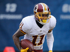 DeSean Jackson jumps in front of two defenders for 23-yard catch