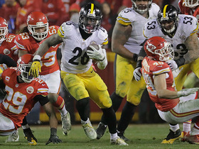 Watch: Le'Veon Bell weaves past defenders for a 38-yard gain