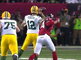 Watch: Aaron Rodgers rolls out, hits a sliding Jared Cook for 26-yard pick up