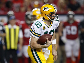 Watch: Aaron Rodgers has room to run, picks up 28 yards