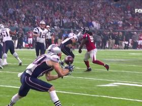 Watch: Tom Brady finds Danny Amendola for 6-yard TD