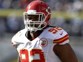 Watch: Rapoport: Chiefs will not place franchise tag on Dontari Poe