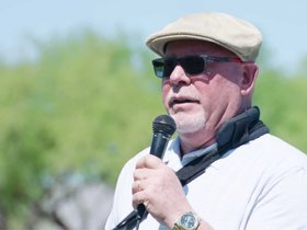 Watch: Arians Family Foundation Golf Classic