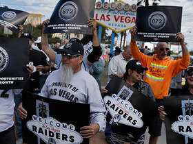 Watch: How are Raiders fans reacting on Twitter to team's move?