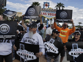 Watch: Simms: I think Raiders move to Las Vegas will work