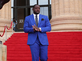 Watch: Cam Robinson makes the red carpet look good