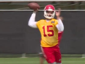 Watch: Charcandrick West: Patrick Mahomes has a cannon