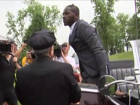 Watch: Antonio Brown rolls up to training camp in a Rolls Royce