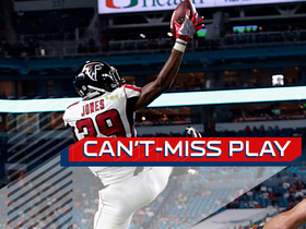 Watch: Can't-Miss Play: Jarnor Jones makes one-handed interception
