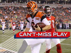 Watch: Can't Miss Play: Jeff Driskel jukes two defenders for the touchdown