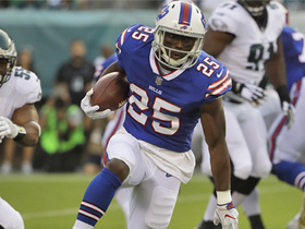 Watch: McCoy breaks tackle and shows off speed on run