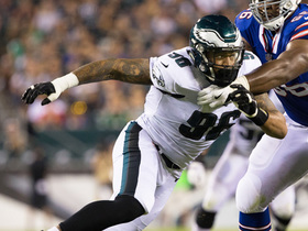 Watch: Derek Barnett picks up a sack