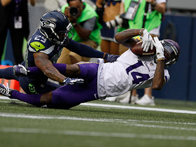 Watch: Wide-open Stefon Diggs gets behind Earl Thomas for 39-yard gain